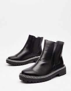 Would'nt Chain-ge a Thing Faux Leather Chelsea Boots